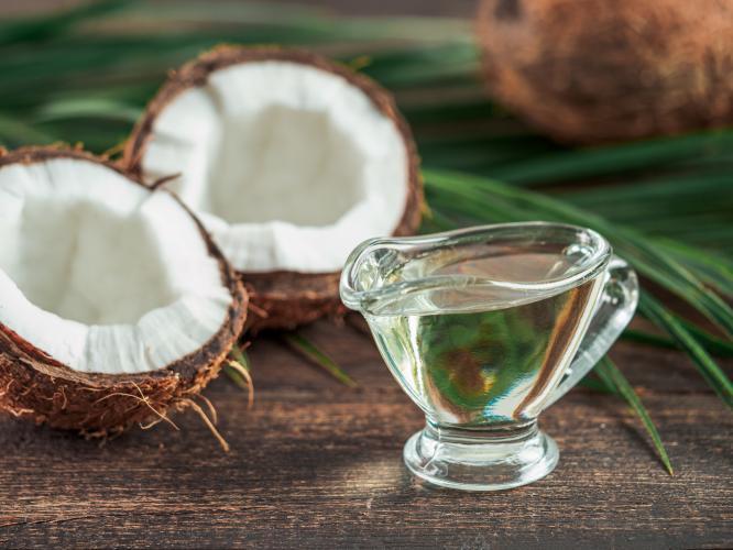 Кокосовое масло, его свойства и применение
