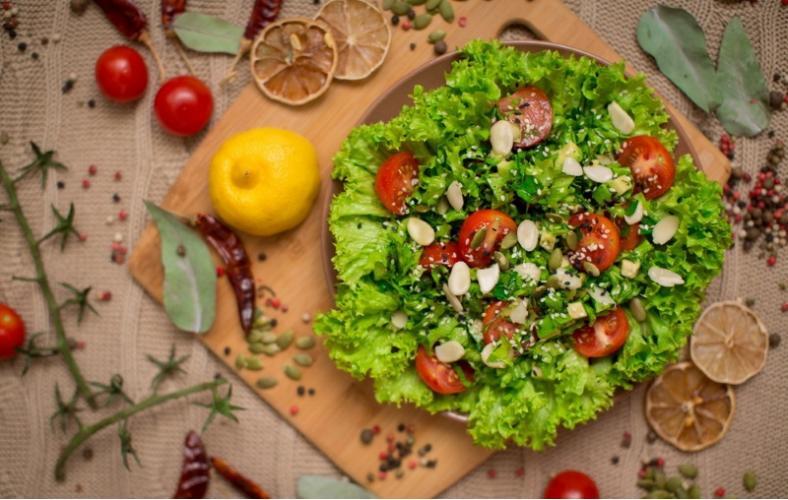 Зелёный лёгкий салат